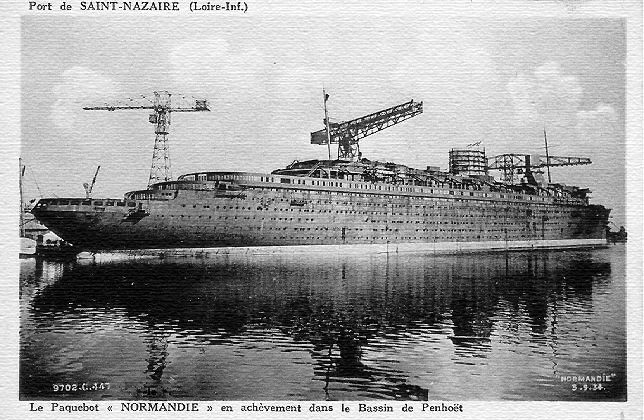 Normandie Construction Postcard