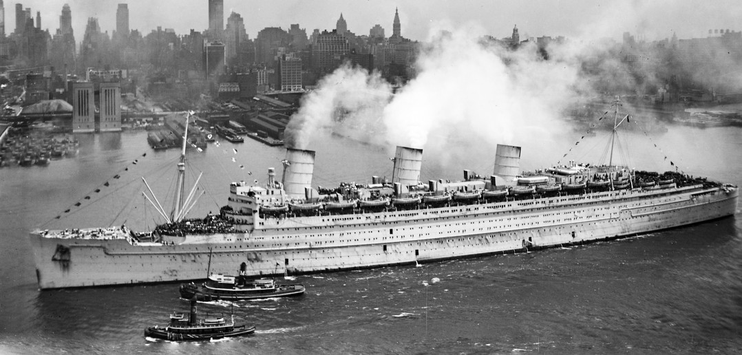 queen mary brings the troops home