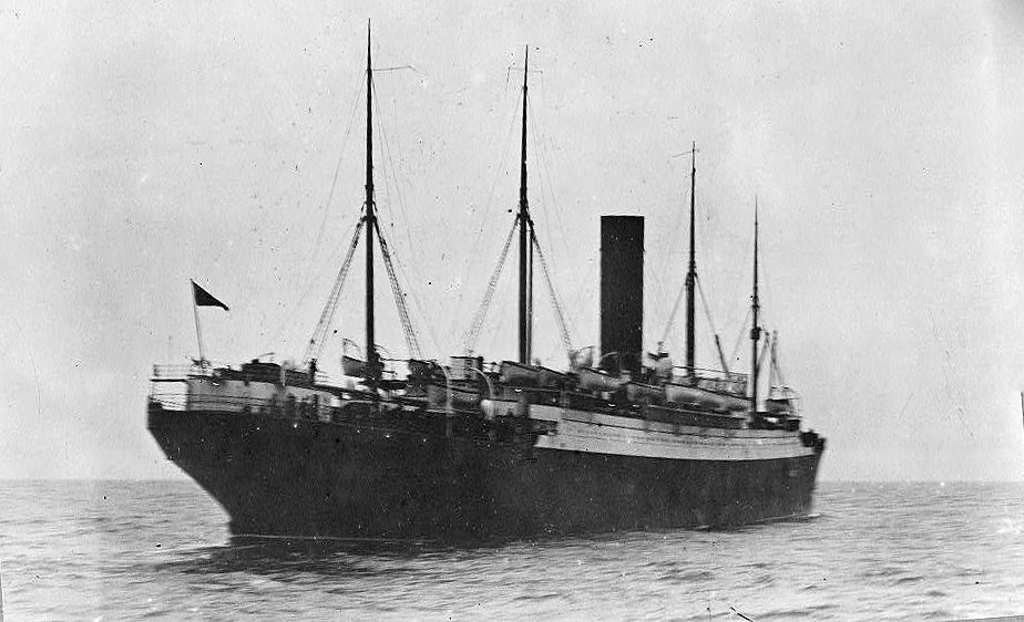 Look at all of the lifeboats on the little Carpathia. That's because 13 of them belonged to Titanic.
