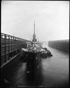 König Albert moored in New York.
