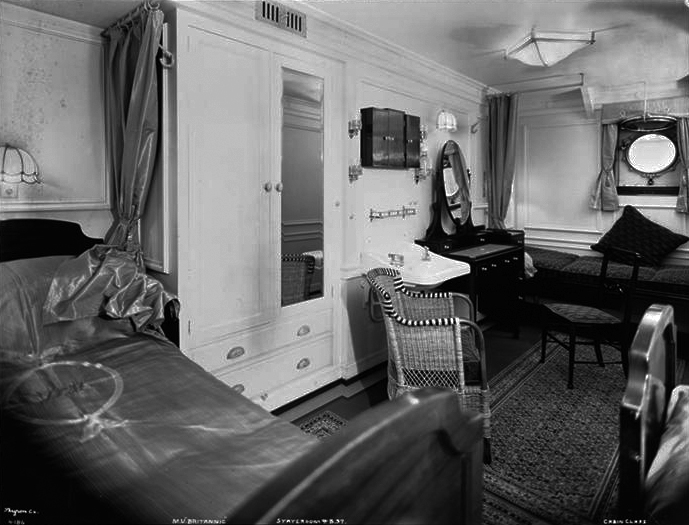 005-Cabin Class, Interior, Outside Bed and Sofa Stateroom # B.37