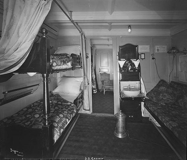 021-Second Class Cabin