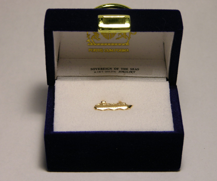 139-sovereign-of-the-seas-pin-box